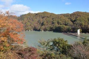 道の駅湯西川から望む五十里湖